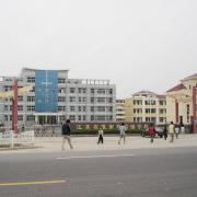 灌南县中学外国语学校