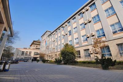 北京市第四十四中学